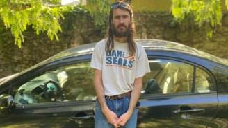 Indie Mixtape 20: Petey Wears The Same Sportfishing Sweatshirt At Every Show