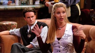 Matthew Perry Apparently Snagged A 'Friends' Prop And Gifted It To Lisa Kudrow