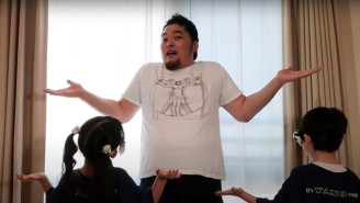 NJPW's Toru Yano Shows How To Use Children As Exercise Equipment