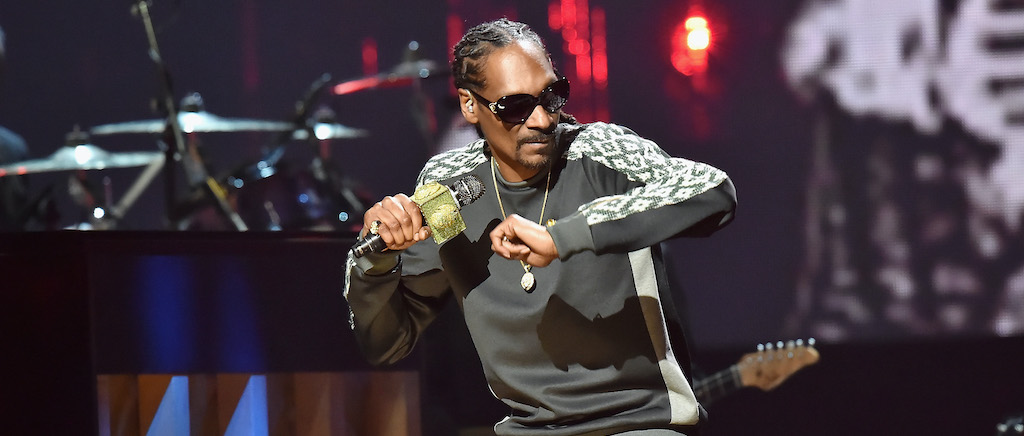 Snoop Dogg's Hologram Will Appear On His 19 Crimes Wine Bottle To Give Valentine's Day Advice