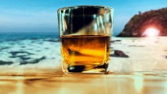 We Asked Bartenders To Recommend The Best Whiskeys To Drink Outside This Summer