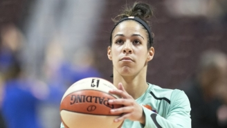 Kia Nurse Suffered An Ankle Sprain In The Liberty's Season Opener Against The Storm