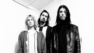 Dave Grohl Discusses The Foo Fighters Song That Helped Him Cope With Kurt Cobain's Death