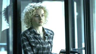 Julia Garner's One Regret This Year Is That She Didn't Scold People About Masks As Her 'Ozark' Character