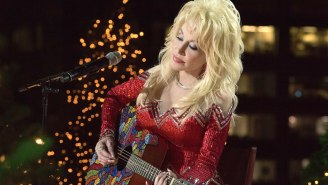 Dolly Parton's Netflix Christmas Movie Is The Only Thing Your Family Will Agree On During The Holidays