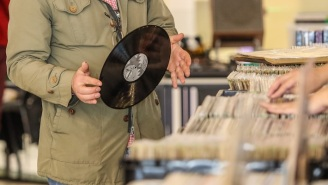 There Was A Historic Amount Of Vinyl Record Sales In The US Leading Up To Christmas