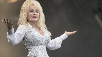 Dolly Parton's New '5 To 9' Super Bowl Commercial Is Rubbing People The Wrong Way