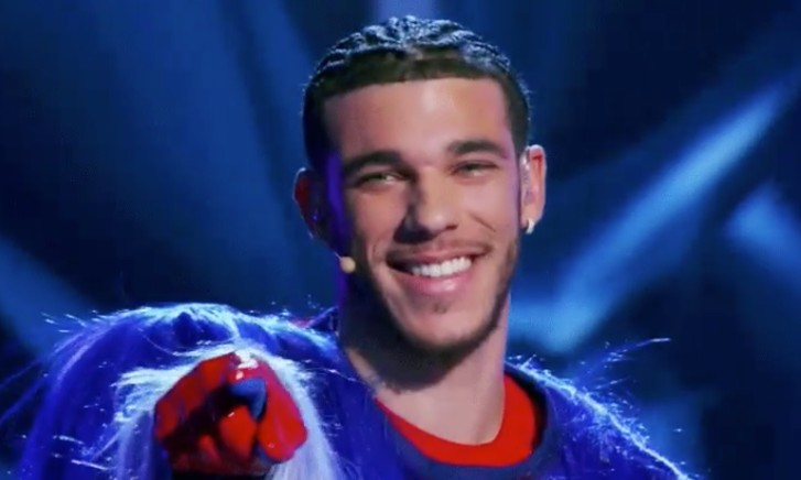 Lonzo Ball Appeared On The Masked Singer The Night Lamelo Was Drafted