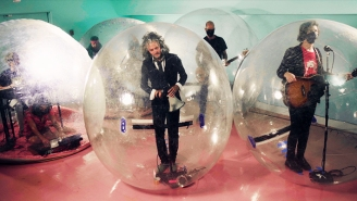 A Bubble All His Own: The Flaming Lips' Wayne Coyne On 2020 At Home In Oklahoma City