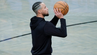 Steph Curry Was Pulled Moments Before Warriors-Hornets Because He's 'Not Feeling Well'