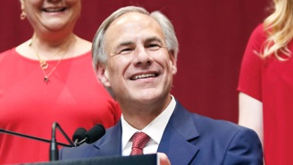 Texas Gov. Greg Abbott Is Whining About Biden's Vaccine Mandate Taking Away Texans' 'Right To Choose' And Getting Rightfully Roasted For It