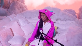 Jhené Aiko Dons Onesie Pajamas To Perform 'Born Tired' On 'The Late Late Show'