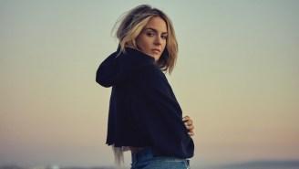 JoJo's New Single 'American Mood' Is A Folksy Left Turn — But She Pulls It Off