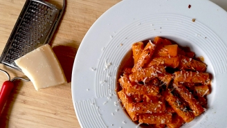 Our Creamy, Spicy, And Easy Vodka Sauce Recipe Beats Anything On TikTok