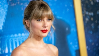 Fans Think Taylor Swift Was Taking Shots At Karlie Kloss On An 'Evermore' Bonus Track