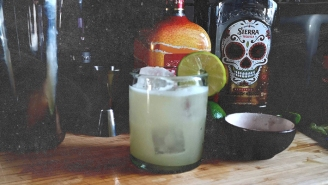 Learn How To Make A Classic Margarita On National Margarita Day
