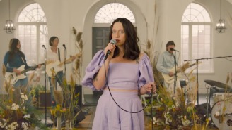 Waxahatchee Makes Her Late-Night Debut With A 'Jimmy Kimmel Live!' Performance Of 'Lilacs'
