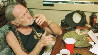 Willie Nelson Tells The Story Of His And Snoop Dogg's Marijuana Tour Of Amsterdam