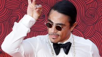 A Viral Clip Of Salt Bae Feeding A Woman Meat Has People Freaking Out