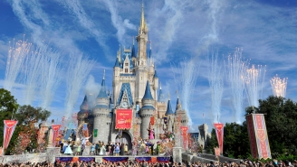 A Man Paid A Fortune To Visit Disney World Only To Wind Up In Jail Because He Refused A Temperature Check