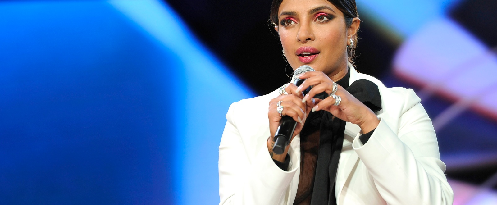 Priyanka Chopra Has Set Up A Fundraiser To Help Those In India Suffering From The 'World's Worst COVID Crisis'