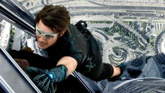 Tom Cruise Has Been Told To Stop Smiling While Shooting Bone-Breaking Stunts 'A Few Times'