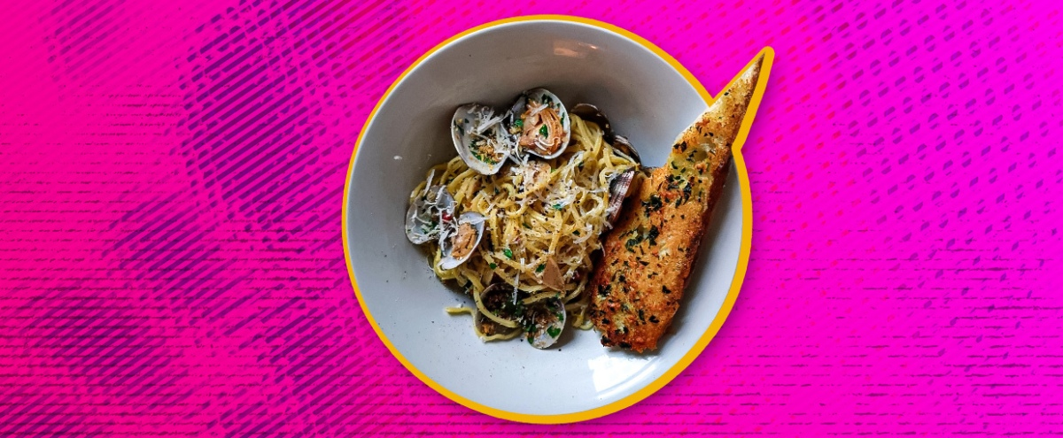 This Linguine With White Clam Sauce Is The Perfect Mid-May Lunch Dish