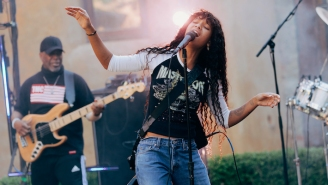 Willow Reunites Jada Pinkett Smith's Former Nu-Metal Band To Perform A Surprise Cover