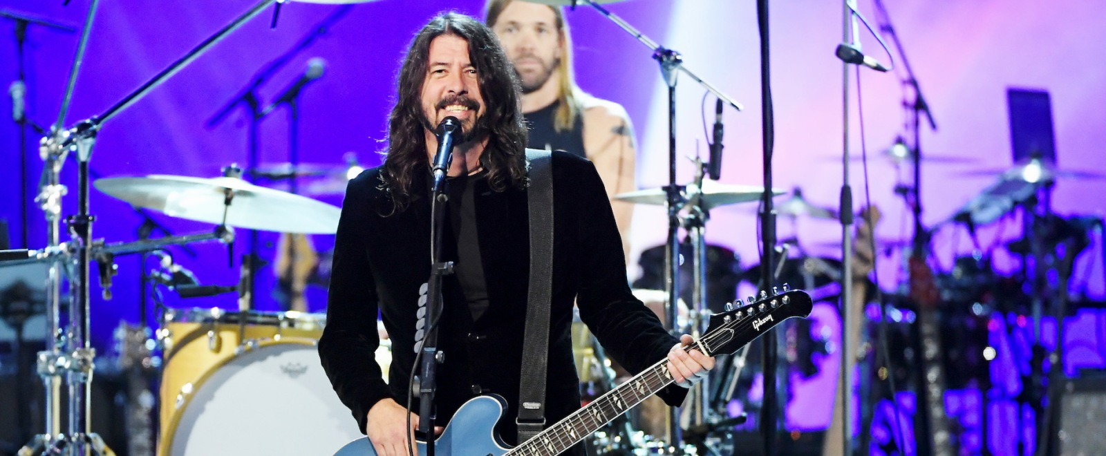 dave-grohl-foo-fighters-getty-full.jpg