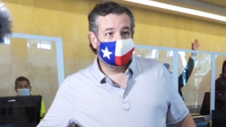 Ted Cruz's Mask-On-An-Airplane Shenanigans Are Coming Back To Bite Him In The Ass