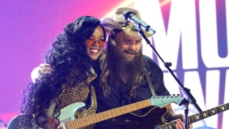 HER And Chris Stapleton Are A Perfect Pairing While Performing 'Hold On' At The CMT Music Awards