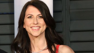 Jeff Bezos' Ex-Wife MacKenzie Scott Is Being Praised For Donating A Ton Of Money, All While He Plans To Go To Space