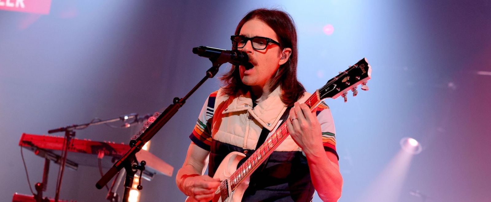 Weezer Basically Wheezed While Performing A New Song At Summer Game Fest
