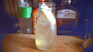 Lynchburg Lemonade Is A Breezy Weekend Refresher — Here's Our Recipe