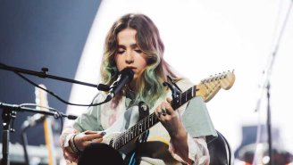 Clairo Announces A 2022 North American Tour With Support From Arlo Parks