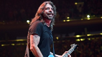 Foo Fighters Are Postponing Their LA Forum Show After A Team Member Contracts Covid-19