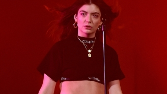Lorde Explains Why She Thinks Making Pop Music Is Sacred On 'Hot Ones'