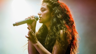 Lorde Says Making Another Hit Song Like 'Royals' Is A 'Lost Cause'