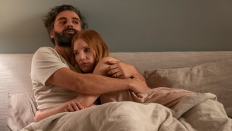 Jessica Chastain Says Oscar Isaac Sang To Her Before Their 'Scenes From a Marriage' Sex Scenes To Ease Her Nerves, Because Of Course He Did
