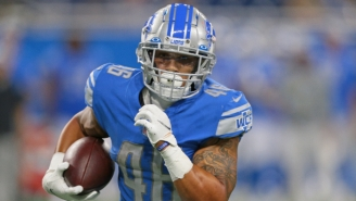 Lions Running Back Craig Reynolds Scored A Touchdown After Introducing Himself To His Teammates In The Huddle
