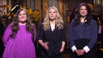 Lorne Michaels Reportedly Wants Some 'SNL' Cast Members To Sign Through Season 50