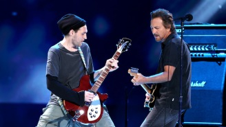 Former Red Hot Chili Peppers Guitarist Josh Klinghoffer Is Now Part Of Pearl Jam's Touring Band