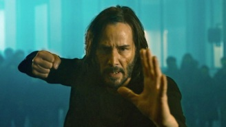 'The Matrix' Fans Are Geeking Out Over A Keanu Reeves Moment In The 'Resurrections' Trailer