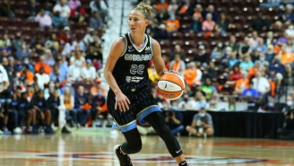 Courtney Vandersloot's Historic Night Led The Sky To A Game 1 Win Over The Sun