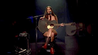 Kacey Musgraves Was Actually Naked During Her 'Saturday Night Live' Performance