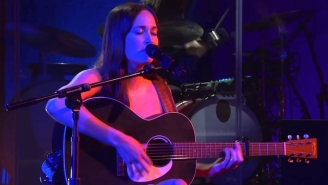 Kacey Musgraves Channels Her Inner Jenny From 'Forest Gump' During Her 'SNL' Performance