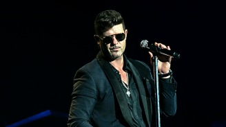 Emily Ratajkowski Alleges Robin Thicke Groped Her On The 'Blurred Lines' Set